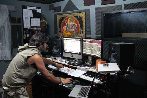 Mad-Magus-@-MadLab-Sound-Studios-1